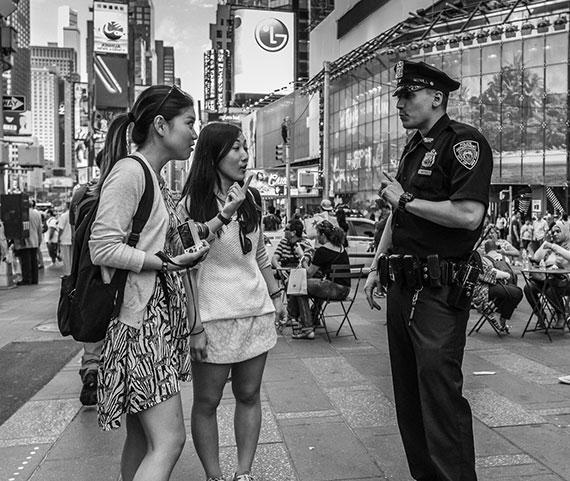 Cop Goes Viral Photo Of New York City: Street Photography Tips & Techniques In New York City